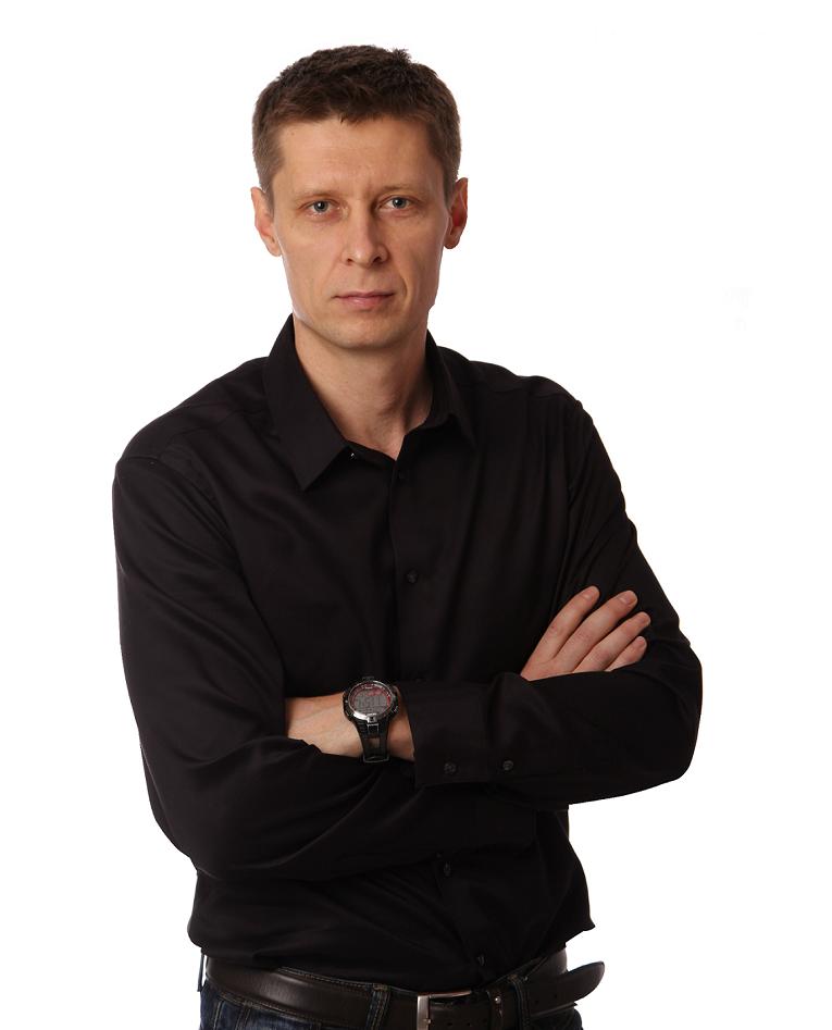 генеральный директор Энгард